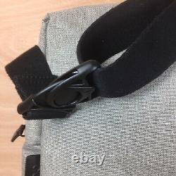 Cote Et Ciel Sac À Dos Tablet Kit Pour Ipad Laptop Grey Melange Nouveau Avec Tags