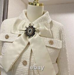 Crème Tweed Chic Bouton En Or Jupe Blazer Veste Costume Ensemble Tenue Lapel